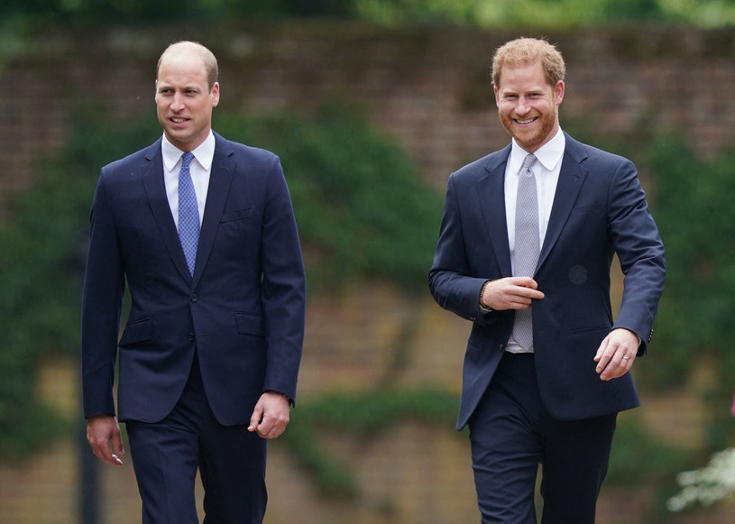 Ta produkcja mała być prezentem dla królewskiej rodziny z okazji setnych urodzin męża królowej Elżbiety II, które przypadały na 10 czerwca tego roku. Po śmierci księcia Filipa 9 kwietnia dokument przemontowano. Film będzie zaprezentowany 22 września na kanale BBC One.