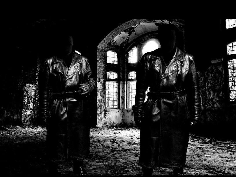 Na początku listopada światło dzienne ujrzy nowa płyta deathmetalowego duetu Autokrator z Francji.