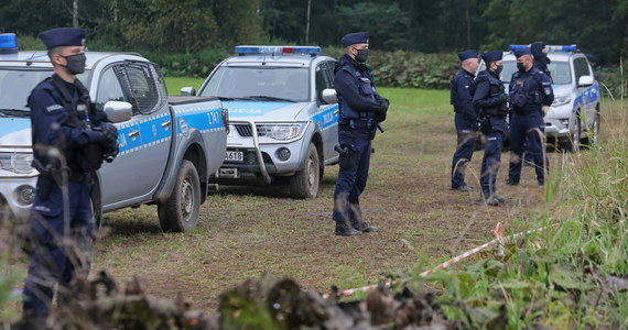 Z Brukseli płyną kolejne apele do polskich władz, aby dopuściły na granicę z Białorusią Frontex, czyli Europejską Agencję Straży Granicznej i Przybrzeżnej. Jak dowiedziała się brukselska korespondentka RMF FM Katarzyna Szymańska-Borginon, 5 października w Parlamencie Europejskim odbędzie się debata nt. sytuacji na granicy z Białorusią. Będzie także rezolucja, w której europarlament wezwie polskie władze, aby dopuściły Frontex na granicę.