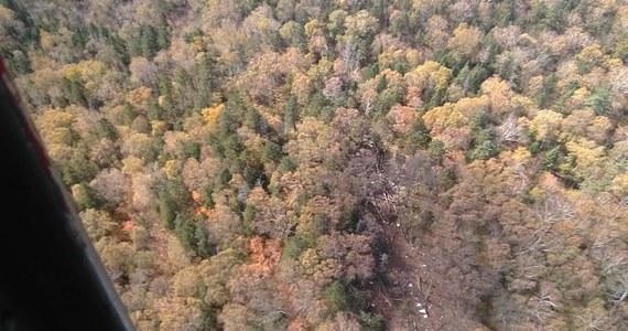 Rosyjscy ratownicy znaleźli w czwartek szczątki samolotu An-26, który dzień wcześniej znikł z ekranów radarów w rejonie Chabarowska na Dalekim Wschodzie. Według wstępnych danych nie ocalał nikt z sześcioosobowej załogi. Trwa akcja poszukiwawcza.