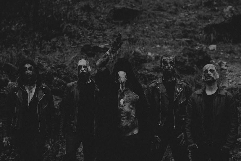 Blackmetalowcy z krakowskiego Cienia opublikują w listopadzie nową płytę.