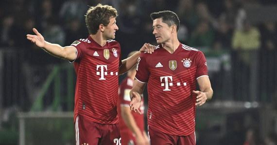 Robert Lewandowski nie zdobył gola w 16. meczu ligowym z rzędu i nie wyrównał polskiego rekordu pod tym względem, który od 1938 roku należy do Teodora Peterka. Bayern Monachium pokonał na wyjeździe Greuther Fuerth 3:1 w 6. kolejce piłkarskiej ekstraklasy Niemiec i prowadzi w tabeli.