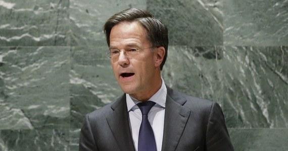 """Mafia narkotykowa planuje atak na premiera Holandii Marka Ruttego. Szef rządu dostał dodatkową ochronę, gdyż grozi mu zamach lub porwanie - podał dziennik """"De Telegraaf""""."""