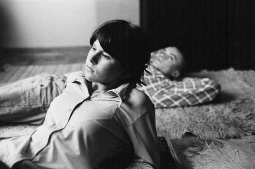 """28 września mija 20 lat od premiery obrazu """"Cześć, Tereska"""". Produkcja Roberta Glińskiego do dziś uważana jest za jeden z najważniejszych filmowych głosów na temat współczesnej rzeczywistości. Widz obserwuje, jak bohaterka - delikatna i wrażliwa nastolatka - zamienia się w okrutną morderczynię. Grająca główną rolę Aleksandra Gietner miała szansę na wielką karierę. Przegrała jednak walkę z własnymi demonami."""