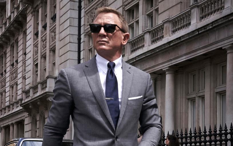 Kto zastąpi Daniela Craiga w roli Jamesa Bonda? Producentka serii o przygodach agenta 007 Barbara Broccoli ujawnia, że nowy aktor wciąż nie został wybrany. Przekonuje jednak, że będzie to mężczyzna.