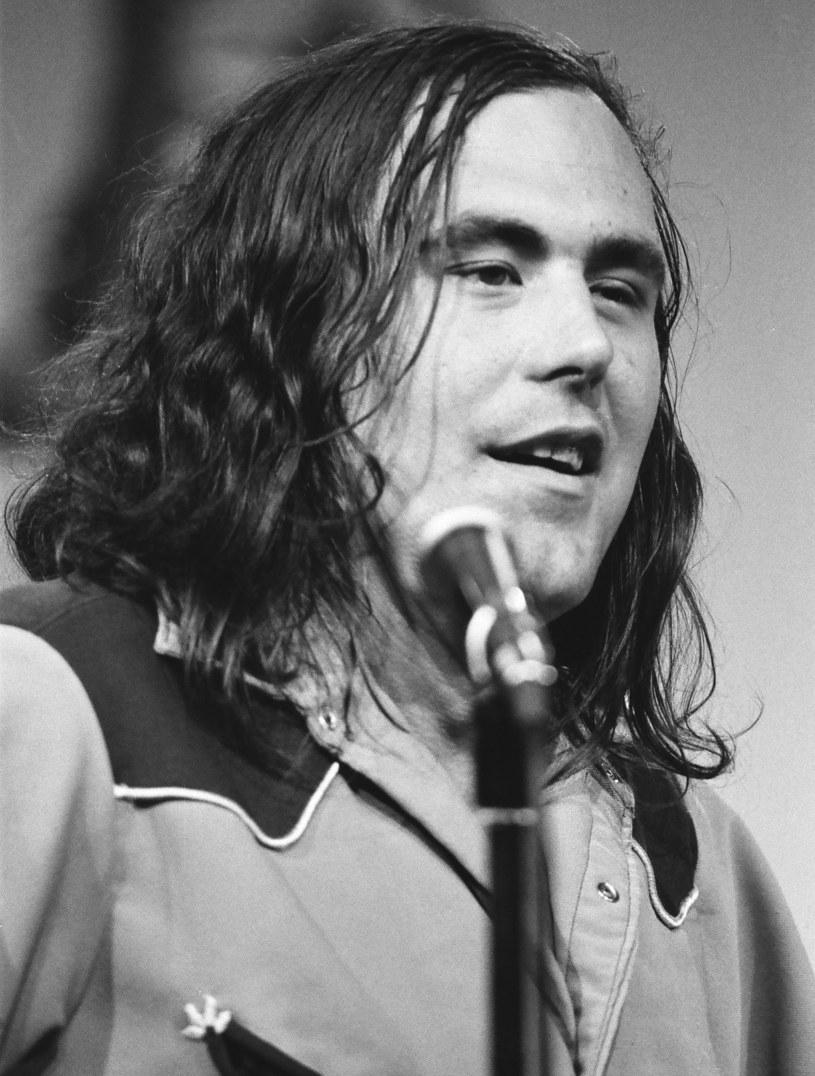 Muzyk zmarł w wieku 77 lat po walce z rakiem. O śmierci George'a Frayne'a poinformowała jego żona.