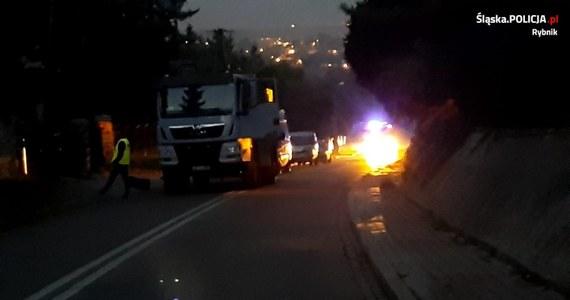 Jest tymczasowy areszt dla mieszkańca Rybnika, który przed jeden z domów podrzucił ładunek wybuchowy. Policja musiała wówczas ewakuować okolicznych mieszkańców. Ładunek zdetonowano na poligonie.