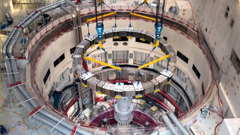 Naukowcy czekali na ten wielki moment od 15 lat, czyli od momentu, gdy historyczny projekt energetyczny Europy ITER otrzymał zielone światło na budowę. Przyszłość dzieje się na naszych oczach.