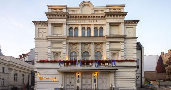 Nauczycielka jednego z katolickich liceów w Poznaniu w czasie spektaklu w Teatrze Polskim w Poznaniu wyprowadziła swoich uczniów. Taką reakcję miała spowodować nagość.