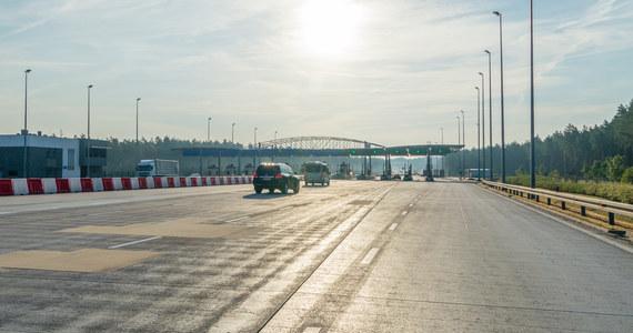 W sobotę 2 października planowane jest zakończenie modernizacji łącznic zjazdowych z autostrady A2 na węźle Września i rozpoczęcie kolejnych etapów prac. W związku z pracami zostanie wprowadzony ruch wahadłowy na drodze krajowej 92, a w późniejszych etapach objazdy.