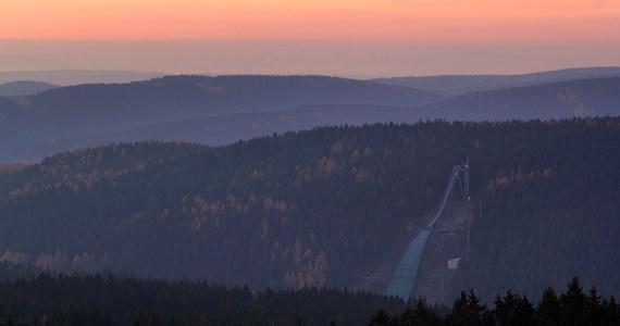 Dawid Kubacki zajął w niemieckim Klingenthal czwarte miejsce w ostatnich w tym sezonie zawodach Letniej Grand Prix w skokach narciarskich. Wygrał Japończyk Ryoyu Kobayashi. Polak w klasyfikacji końcowej cyklu uplasował się na drugiej pozycji, za Norwegiem Halvorem Egnerem Granerudem.