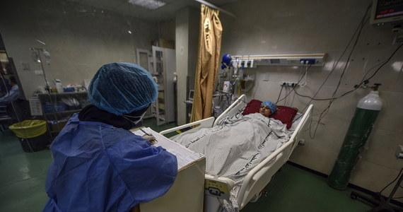 Szpital tymczasowy w Radomiu może od poniedziałku ponownie przyjmować chorych na Covid-19. Zgodnie z decyzją wojewody mazowieckiego, po kilkumiesięcznej przerwie lecznica jest znowu w gotowości, by w razie potrzeby zapewnić opiekę większej liczbie pacjentów z koronawirusem.