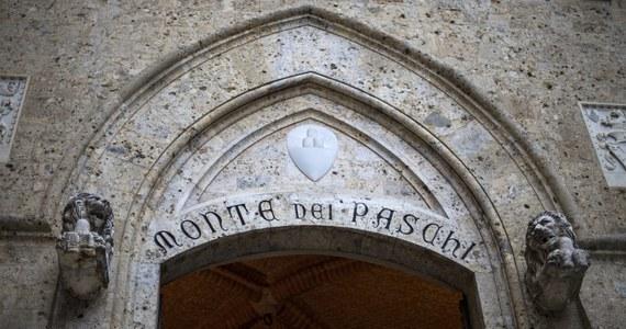 Monte dei Paschi di Siena to najstarszy bank świata, założony na terenie dzisiejszych Włoch jeszcze w 1472 roku. W przyszłym roku obchodziłby 550. rocznicę istnienia, ale do niej nie dojdzie, gdyż lata dzień zostanie wchłonięty przez UniCredit.