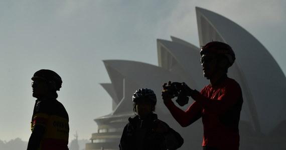 Zagraniczni turyści nie odwiedzą Australii przed końcem 2021 roku. W procesie otwierania granic, który zacznie się w listopadzie, priorytet będą mieli Australijczycy, po nich zagraniczni studenci i wykwalifikowani pracownicy.