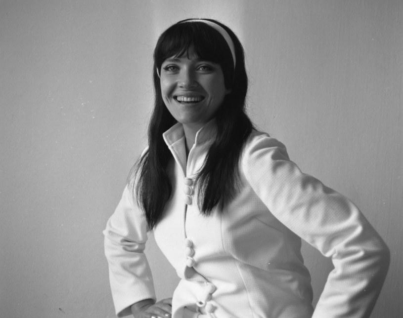 """5 października 1941 roku na świat przyszła Helena Majdaniec. Nazywana """"Królową twista"""" wokalistka znana jest z takich przebojów, jak """"Czarny Alibaba"""", """"Zakochani są wśród nas"""" czy """"Rudy rydz"""". Jej życie to gotowy scenariusz filmowy."""