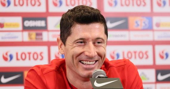 """Robert Lewandowski przyznał przed meczami eliminacji mistrzostw świata z San Marino i Albanią, że nawet z tym pierwszym rywalem nie można zagrać na 95 procent. """"Trzeba szybko załatwić sprawę. Jeżeli zaś chodzi o piłkarzy z Albanii, wielki szacunek dla nich, ale skupmy się na sobie"""" - dodał."""