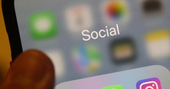 """""""W czasie poniedziałkowej, sześciogodzinnej awarii należących do Facebooka platform, jak Messenger, WhatsApp i Instagram, 70 mln osób dołączyło do użytkowników komunikatora Telegram"""" - powiedział we wtorek twórca tego serwisu Paweł Durow."""