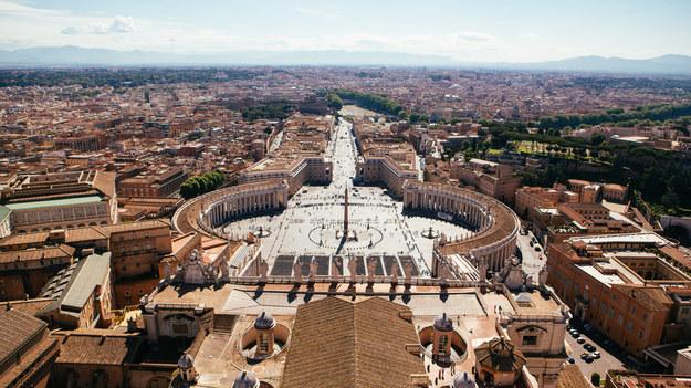 Watykański trybunał uniewinnił dwóch duchownych w sprawie nadużyć seksualnych
