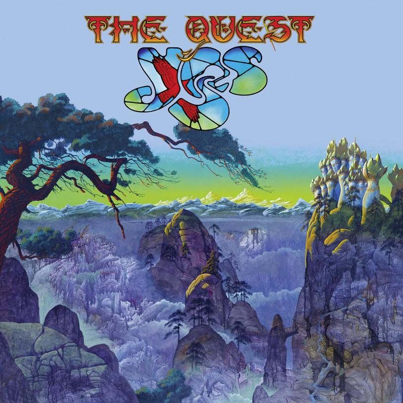 """Nowa dwupłytowa pozycja Yes to album doprawdy dziwny. Wymagałby podziału na CD w zupełnie innym miejscu niż jest to zasugerowane, bo moment, w którym progresywne utwory zostają zamienione na prostsze formy, jest tu zbyt oczywisty. A i tak w żadnej z tych form grupa nie jest w stanie osiągnąć takich efektów, aby chciałoby się do """"The Quest"""" z chęcią powracać, zamiast odpalić którykolwiek z ich klasyków."""