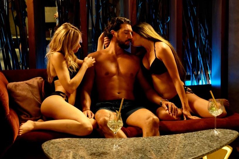 """Przepych, luksus, wielkie pieniądze i ekskluzywne życie mają bardzo wysoką cenę… W internecie zadebiutował właśnie zwiastun filmu """"Dziewczyny z Dubaju"""", zainspirowanego przez aferę, która wywróciła polski show-biznes do góry nogami. Film w kinach już 26 listopada."""