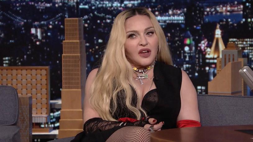 """Madonna uważa, że odrzucenie roli w """"Matriksie"""" było jednym z największych błędów w jej karierze. To zaskakujące wyznanie Madonna poczyniła w talk-show Jimmy""""ego Fallona. Niestety diwa nie doprecyzowała, w jaką postać miała ewentualnie się wcielić."""