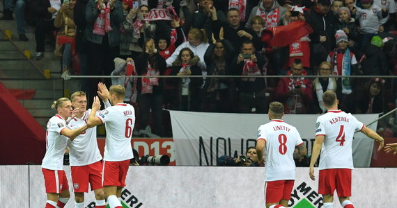Polska pokonała San Marino 5:0 (2:0) w meczu eliminacji piłkarskich mistrzostw świata w Warszawie. To było oficjalne pożegnanie z drużyną narodową występującego w niej od 15 lat bramkarza Łukasza Fabiańskiego, który został zmieniony w trakcie drugiej połowy.