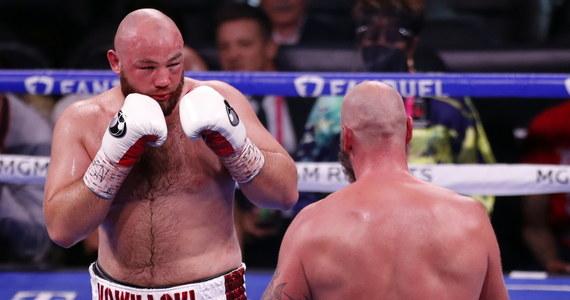 Boksujący w wadze ciężkiej Adam Kownacki (20-2, 15 KO) po raz drugi w karierze przegrał przed czasem z Finem Robertem Heleniusem (31-3, 20 KO). Walka na gali w Las Vegas została przerwana w szóstej rundzie.