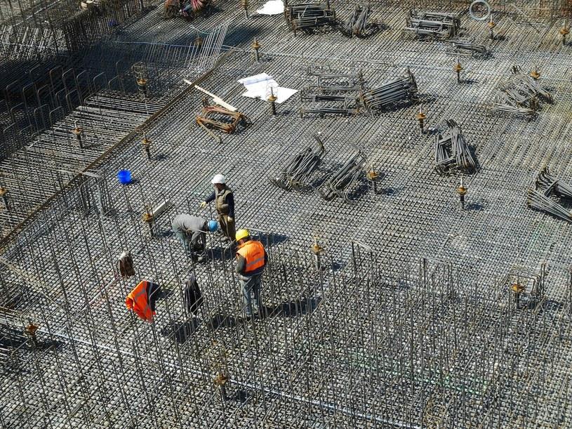 Nie ma na świecie materiału budowlanego stosowanego powszechniej niż beton, ale ma to swoją cenę, którą niestety musi zapłacić środowisko.