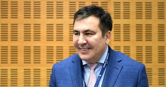 """Premier Gruzji Irakli Garibaszwili zarzucił opozycji urządzanie """"cyrku"""" wokół uwięzienia byłego prezydenta Micheila Saakaszwilego. Według niego, """"człowiek, który głoduje, nie zjada pół kilograma miodu""""."""