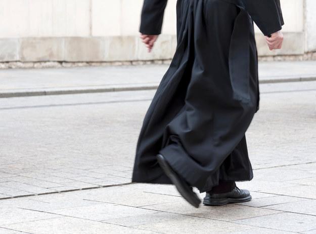 Ksiądz prezentował 14-latce pornograficzne zdjęcia, został skazany
