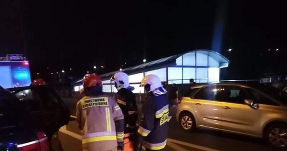 44 osoby ewakuowano z pięciopiętrowego bloku przy ul. Metzgera w Jaśle na Podkarpaciu. Informację o tym zdarzeniu dostaliśmy na Gorącą Linię RMF FM.