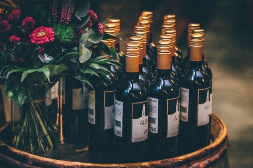 Czy weganie mogą pić wino?