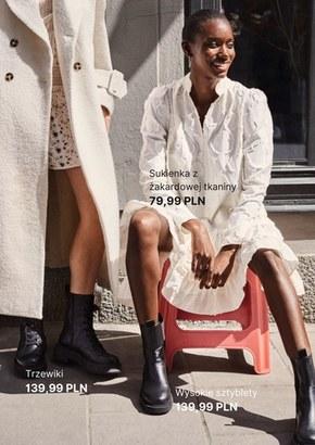 Sukienki z recyklingu w H&M