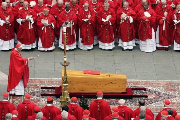 08.04.2005 r. - pogrzeb Jana Pawła II /AFP
