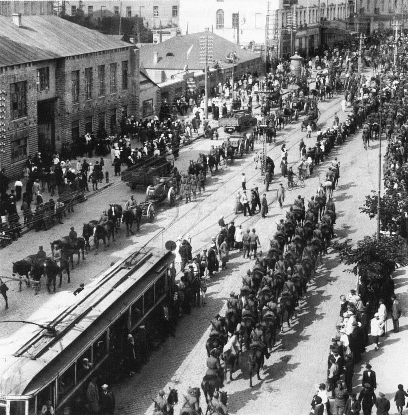 09 V 1920 roku, przemarsz oddziałów Wojska Polskiego przez Kijów /FoKa /Agencja FORUM
