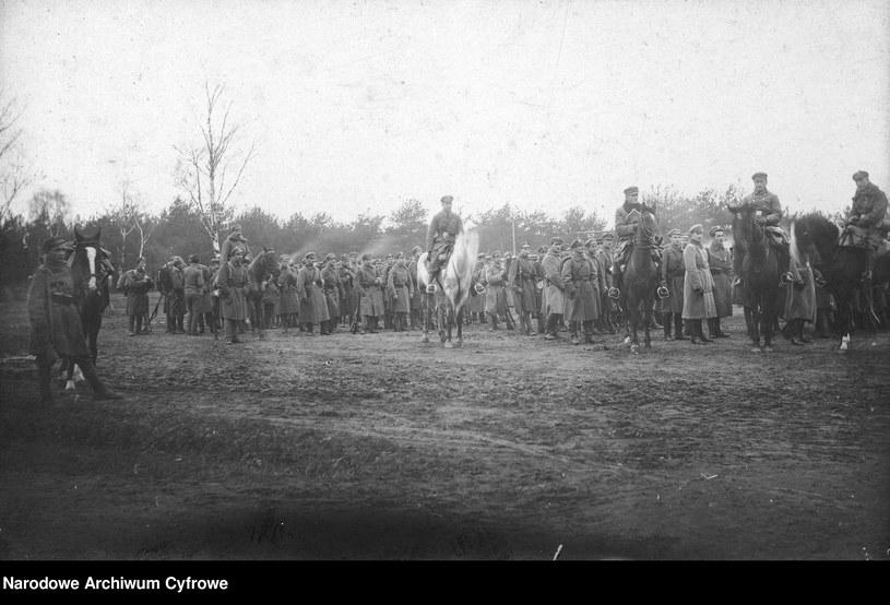 1 Pułk Piechoty Legionów w Baranowiczach, zdjęcie z 1916 roku /Biblioteka Narodowa