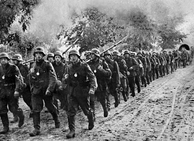 1 września 1939 r.: Niemieccy żołnierze wkraczający do Polski /AFP