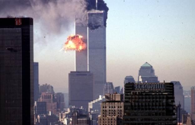 10 lat po ataku na World Trade Center terroryści przenieśli się do internetu /AFP