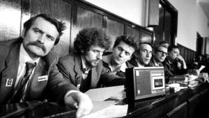 """10 listopada 1980: Rejestracja NSZZ """"Solidarność"""" przez Sąd Najwyższy"""