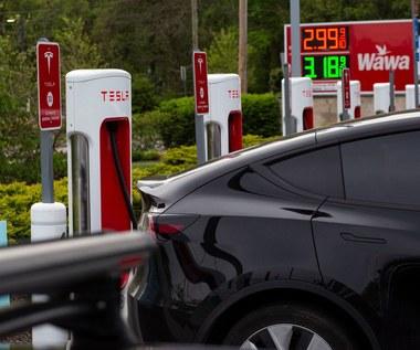 10 milionów aut na prąd na świecie. Kropla w morzu