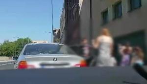 10 osób w BMW to prospołeczna postawa. Bronimy kierowcę!