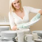 10 pomysłów na oszczędne, ręczne zmywanie naczyń