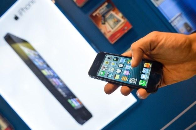 10 proc. ruchu w internecie generują smartfony i tablety /AFP