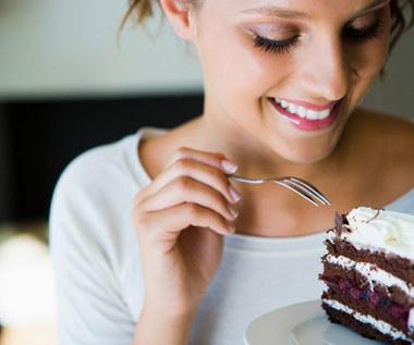 10 sposobów, jak nie podjadać słodyczy