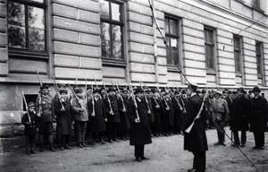 10 stycznia 1919 r. Do Lwowa wkracza polskie wojsko, przełamując ukraińskie okrążenie.