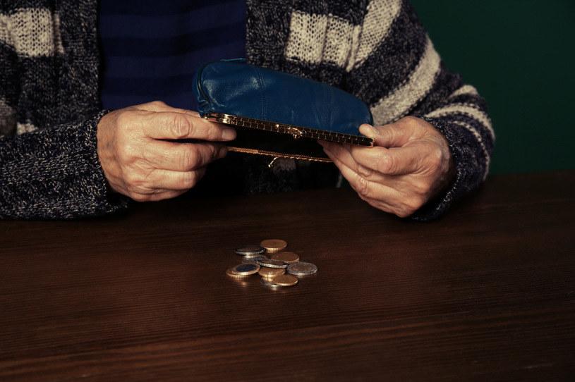 100 lat uprawnia do dodatku do emerytury z ZUS /123RF/PICSEL