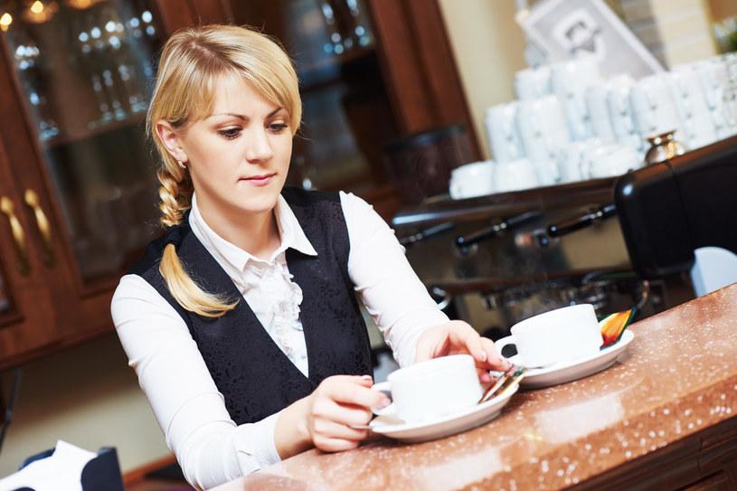 100 tys. pracowników szukają branże hotelarska i turystyczna. Drugie tyle chce zatrudnić gastronomia /123RF/PICSEL