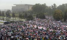 100 tysięcy ludzi na proteście w Mińsku, ponad 190 zatrzymań. Brutalne działania sił bezpieczeństwa w Grodnie [FILMY]