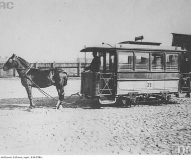 11 grudnia 1866 r. Na ulice Warszawy wyjechał pierwszy tramwaj konny