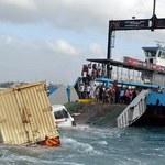 11 ofiar śmiertelnych wypadku ciężarówki przy promie